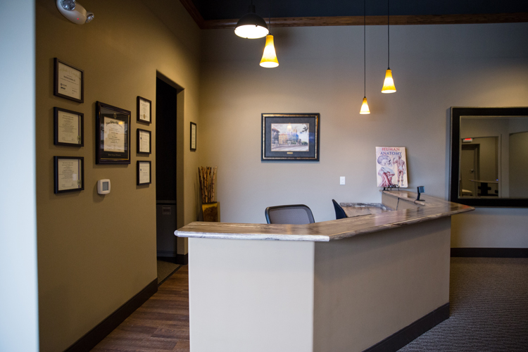 Chiropractic New Berlin WI Receptionist Area